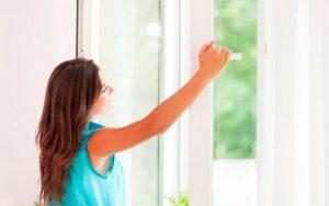 cách làm sạch không khí trong nhà