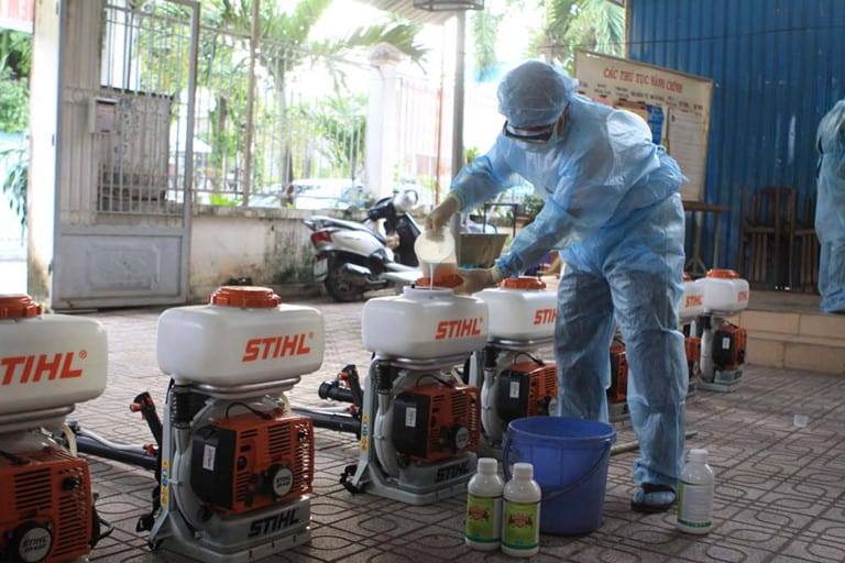 Quy trình pha thuốc diệt muỗi